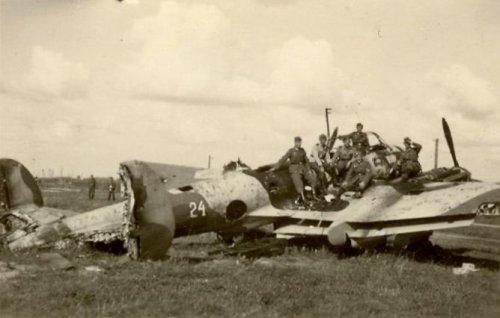 Пе-2 б/н 24 Витебск, август 1941