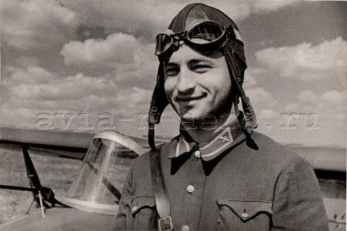 Планерист Г.С. Лисецкий, Тула, июль 1939